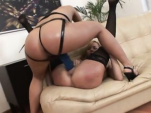 Strapon Cock Is Made For Stretching A Slutty Pussy