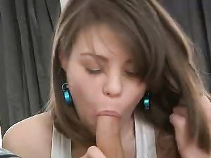 Fucking The Dirty Girl Next Door Until She Cums