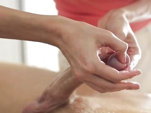 Hot Body Massage Babe Rides His Big Cock Passionately