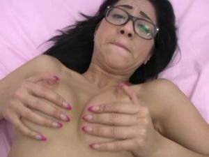 Nerdy Dark Haired Beauty Will Get Penetrated