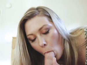 Close Up Cocksucking Makes You Cum In Her Mouth
