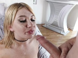 Glorious Fat Ass On His Cock Loving Stepsister